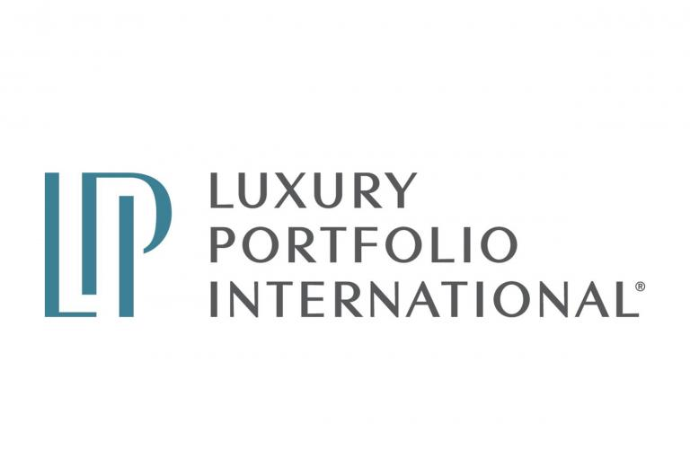 logo luxury portfolio